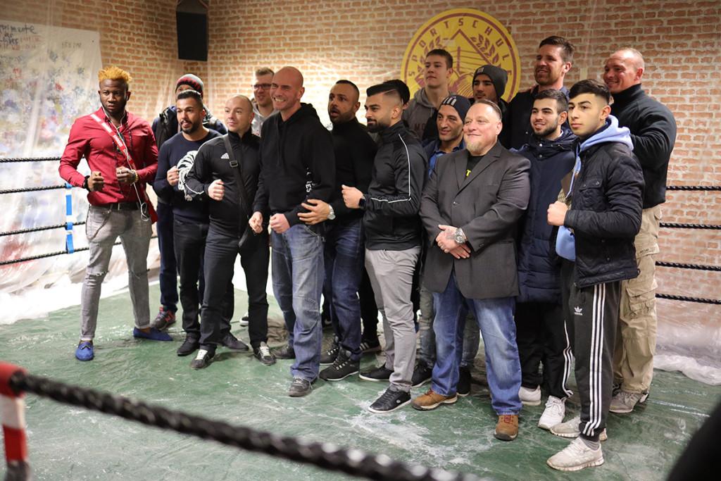 Ausstellung-Boxclub-Mannschaft