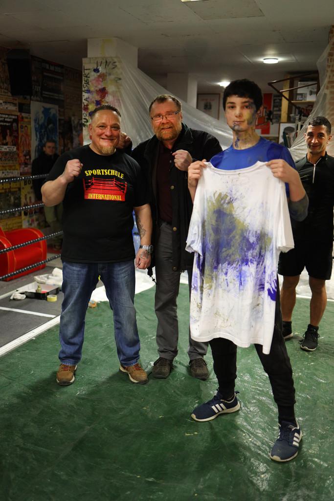 Volker-Külow-Ersteigerung-Boxshirt-Caysa